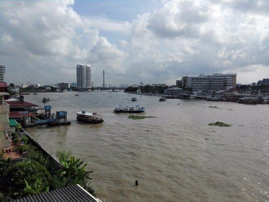 Baan Wanglang Riverside: ワンラン船着場