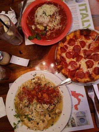 DiNapoli's Italian Eatery