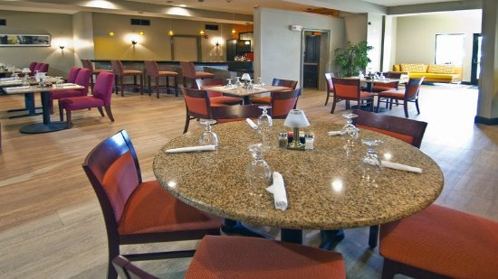 Holiday Inn Opelousas: Restaurant