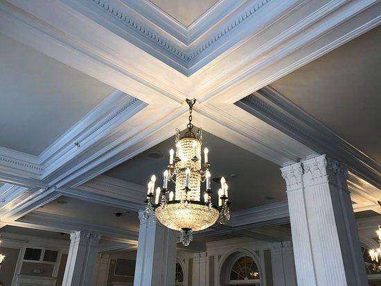 Glens Falls, نيويورك: Ballroom Detail