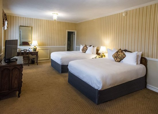 Glens Falls, NY: Guest Room