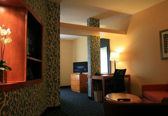 Fultondale, AL: Executive King Suite Sitting Area