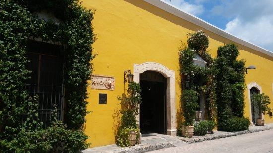 Izamal, Meksika: 20170916_125847_large.jpg