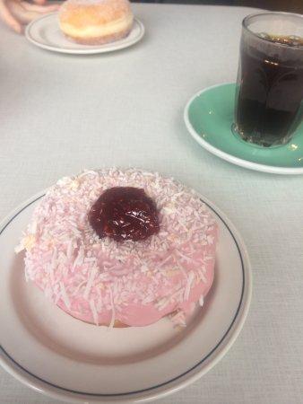 Brunswick, Австралия: Iced vovo donut