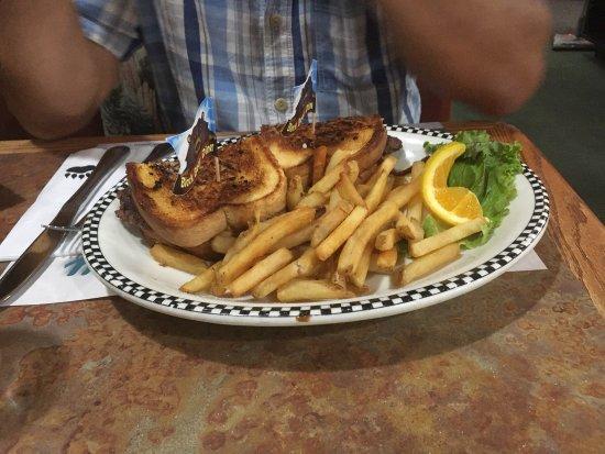 Black Bear Diner: photo5.jpg