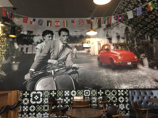 Quanzhou, China: Maumau Pizza