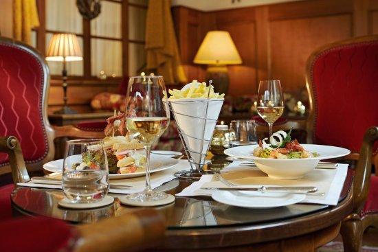 Hotel Mont Cervin Palace: Josephs Bar - Food