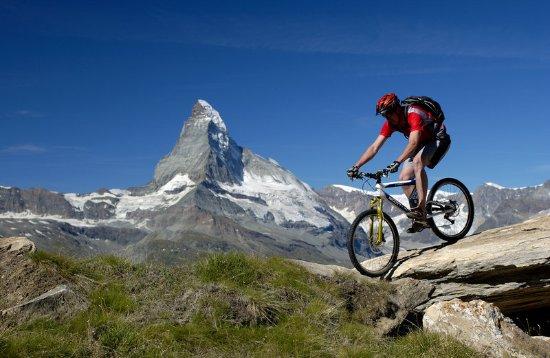 Hotel Mont Cervin Palace: Biking in Zermatt