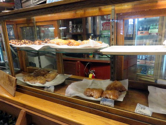 Monteagle, TN : an assortment of fried pies