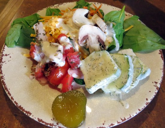 Monteagle, TN: salad from the buffet