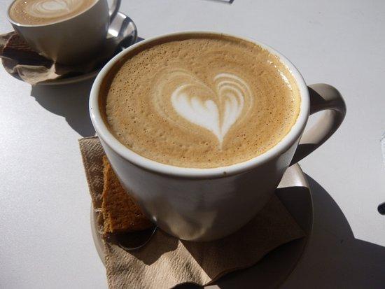 Milton, أستراليا: Flat white coffee