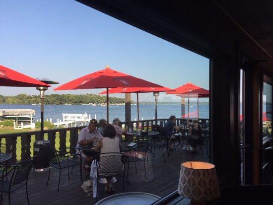 Green Lake, WI: upper level patio