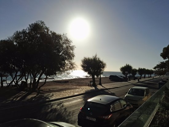 Xylokastro, Yunanistan: plage-parking