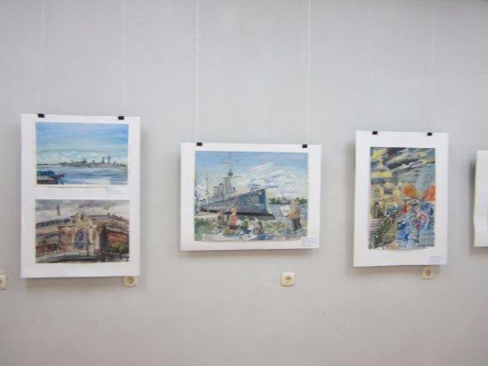 Zelenodolsk, Russland: Выставка картин Питерских и Кроншдатских художников