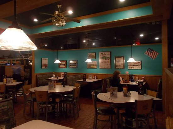 Hudsons Classic Grill N Lincoln Rd Escanaba Mi Picture Of