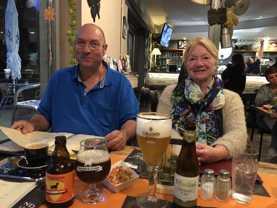 Houffalize, Belgien: Gezellig en lekker eten  Dessert met een speciale Ardenne koffie