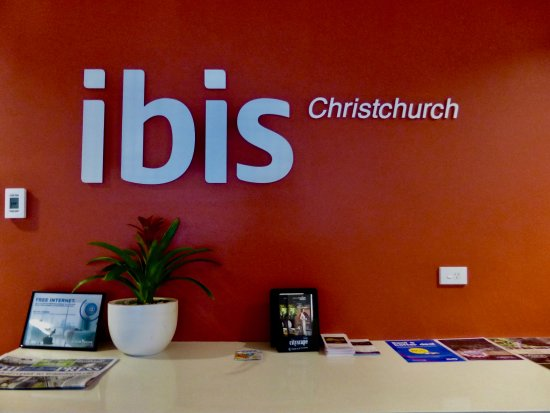 Ibis Christchurch: Sign