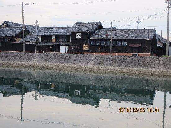 半田市, 愛知県, 醤油蔵です。味わいがあります。