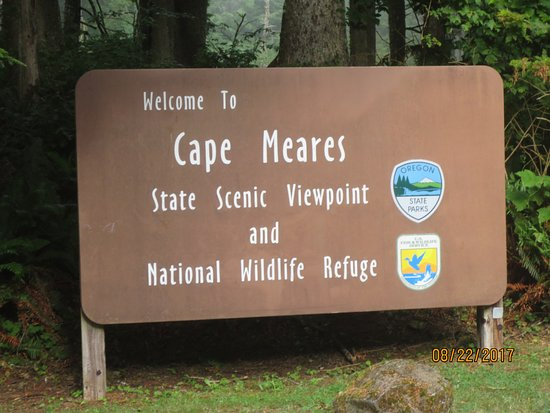 Oregon Coast, OR: welcome sign