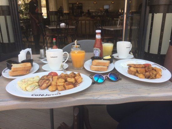 Cafe java Kampala road best breakfast to start a day.