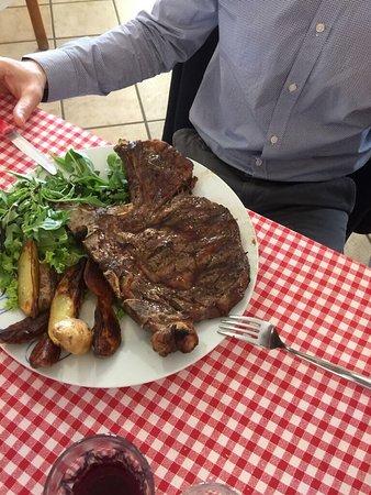 Cavaglia, Itália: A pochissimi minuti di macchina da Torino un bellissimo agriturismo con ottimo cibo e buona acco
