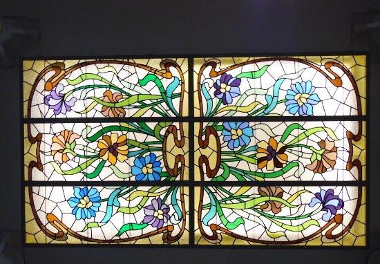 Museum of Modernism: vitrail
