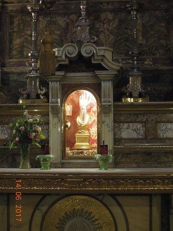Église collégiale du naufrage de saint Paul : Reliquary