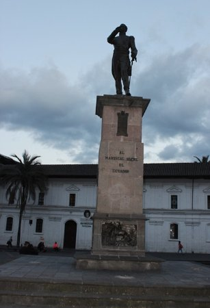 Monumento al Mariscal Sucre