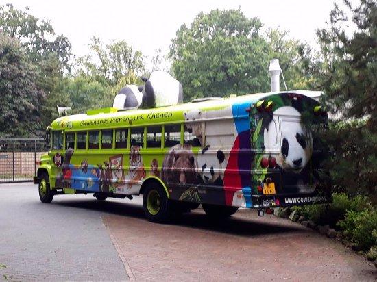 Rhenen, The Netherlands: oude bus