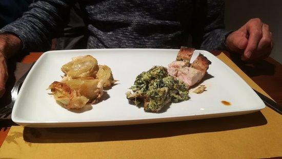 Cormano, Italia: coniglio al forno con ricotta e finocchi.