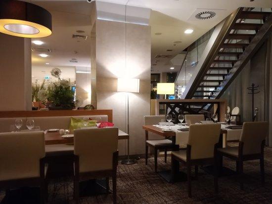 Hotel Hilton Garden Inn Kraków: IMG_20170911_202505_large.jpg