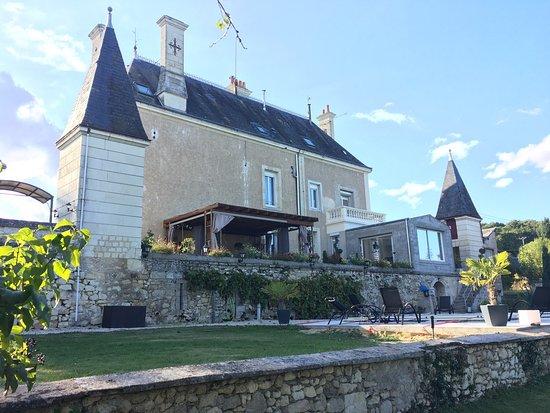 Cravant-les-Coteaux, Francia: photo1.jpg