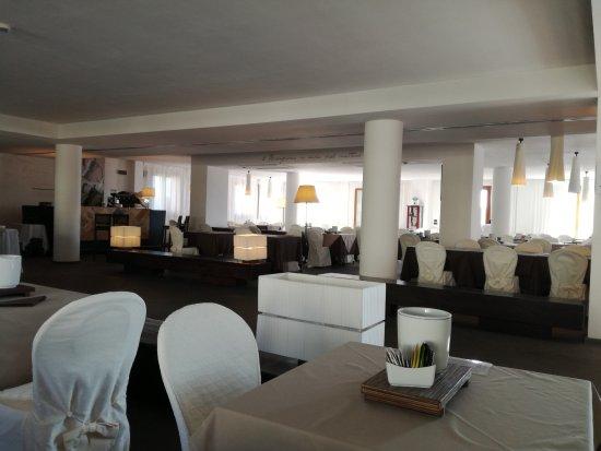CDH Hotel Radda Photo