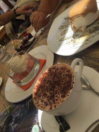 Ecocentro: cappuccino s rostlinným mlékem a dezerty