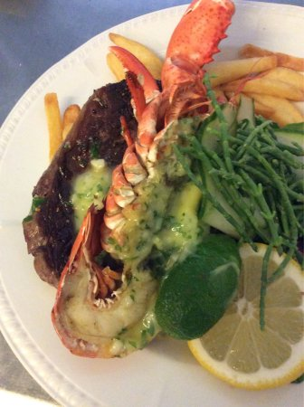 Headcorn, UK: Our Autumn Kitchen fresh lemon and blueberry and lobster with garlic butter and local rib eye st