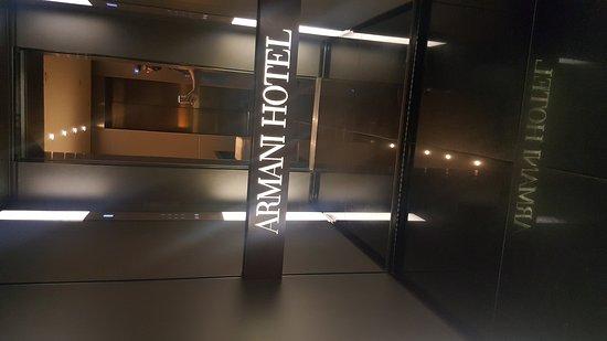 Armani Hotel Milano: 20170911_230824_large.jpg