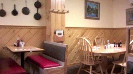 Raymond, NH: Glimpse Of Interior