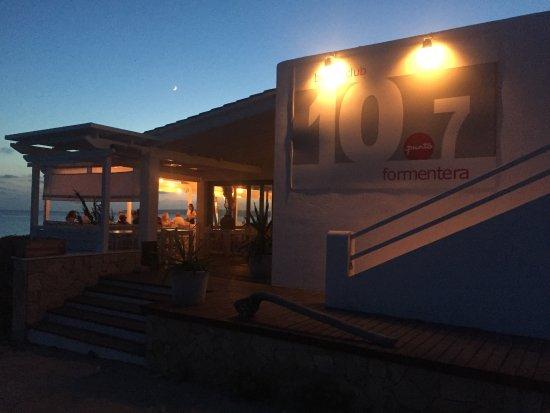 Beach Club 10.7: Rooftop Bar