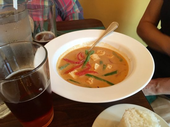 Easton, PA: The curries go from mild to medium to Thai spicy.