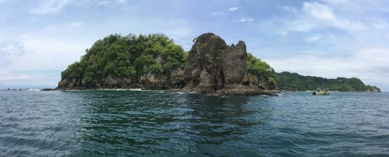 Cocozuma Traveller Day Tours: One of the two snorkeling sites