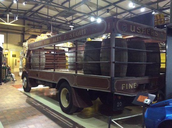 Grampian Transport Museum: Brewers Delivert lorry