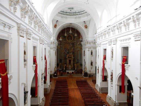 Iglesia de San Ildefonso Jesuitas: 教会の内部