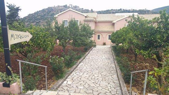 Peratata, Grekland: Nuovo museo