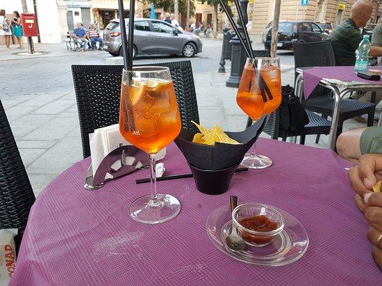 Lanusei, Italia: spritz apero