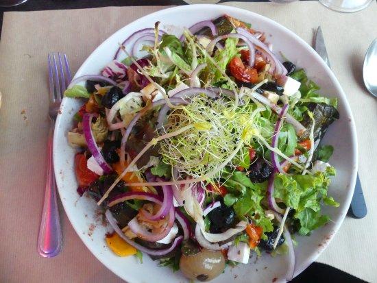Boulogne sur Gesse, France: Greek salade