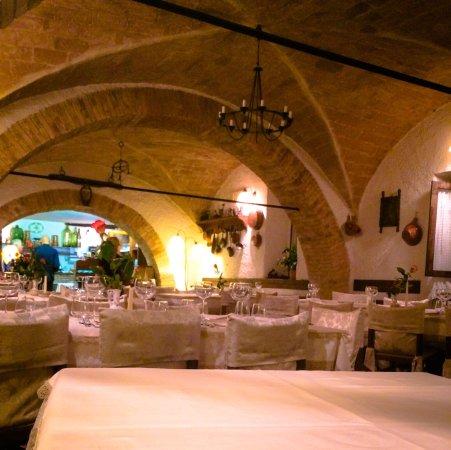 Taverna La Mola: photo1.jpg
