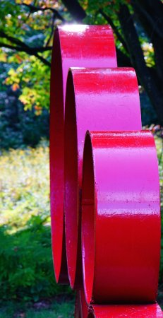Ellicottville, Estado de Nueva York: Red metal sculpture