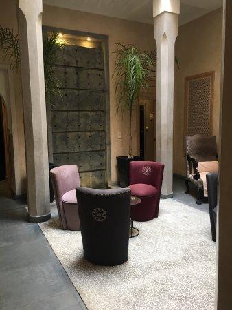 les bains d 39 orient marrakech marocko omd men. Black Bedroom Furniture Sets. Home Design Ideas