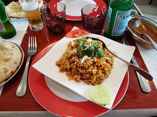 Restaurant La Place A Monfort L Amaury