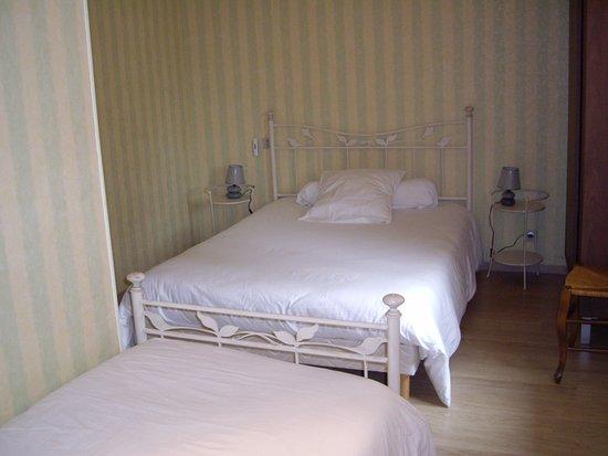 Hotel De La Poste Chez Cecile